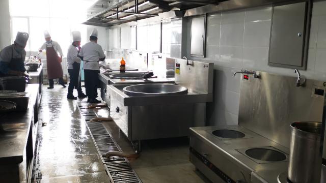 中煤哈密煤电一体化基地食堂工程